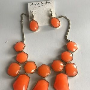 Anna & Ava earring necklace set